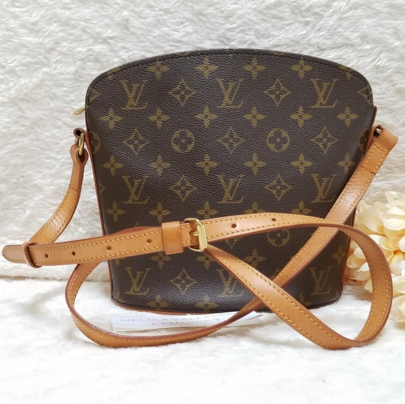085b77d4b743 Louis Vuitton Handbags - Louis Vuitton Drouot Crossbody Monogram